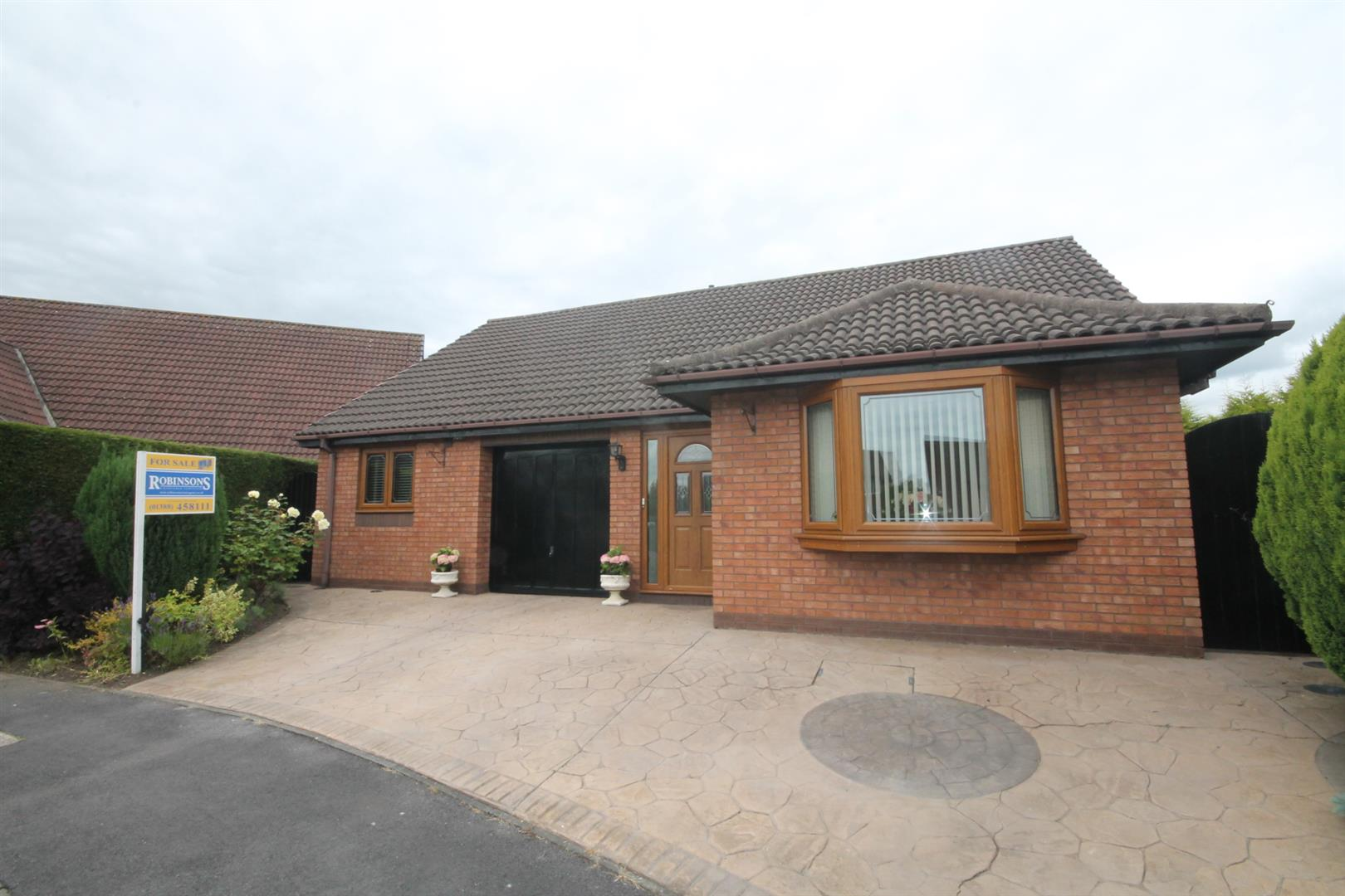 2 Bedrooms Detached Bungalow for sale in Fulton Court, Shildon